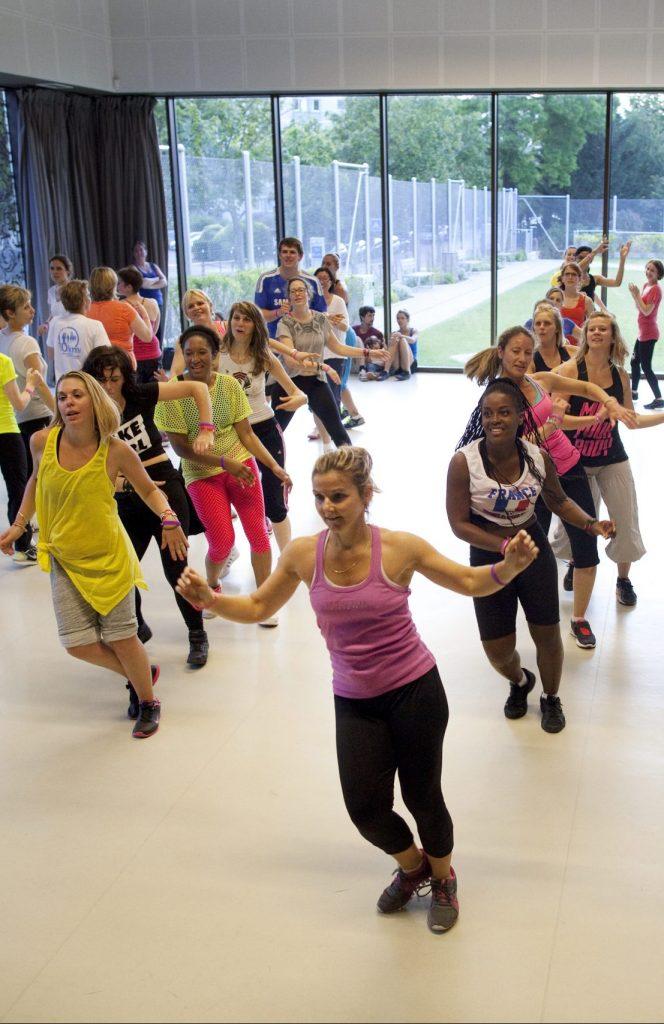 Photo d'un cours de Full Dance et de Zumba de Sports Pour Tous